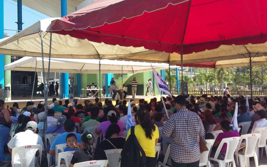 La veu de les defensores de l'Aigua inunda el Puerto