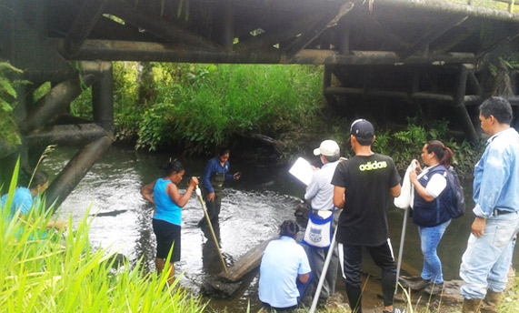 Presentació de 2 manuals per a l'enfortiment i empoderament dels camperols i camperoles de la provincia d'Orellana a l'Equador