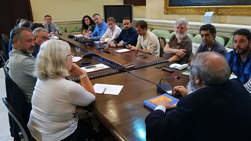Colectivos reclaman al ayuntamiento de Sevilla medidas efectivas contra el cambio climático