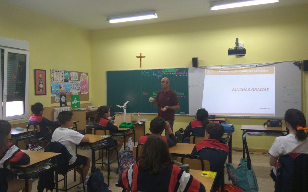 Compartiendo reflexiones en el Colegio de las Esclavas de Santander