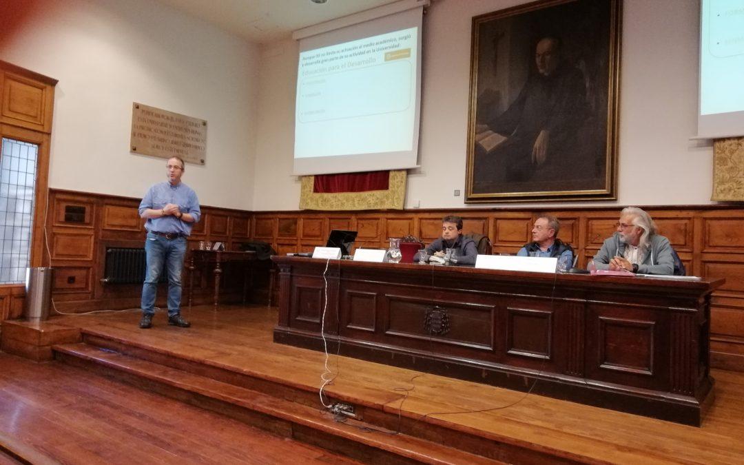 Mesa redonda sobre cooperación desde la universidad (Jornadas de Comercio Justo y Objetivos de Desarrollo Sostenible