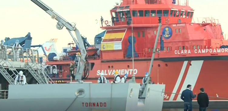 Informativos RTV1: Llegada de pateras a las costas de Múrcia el 4 de diciembre de 2017