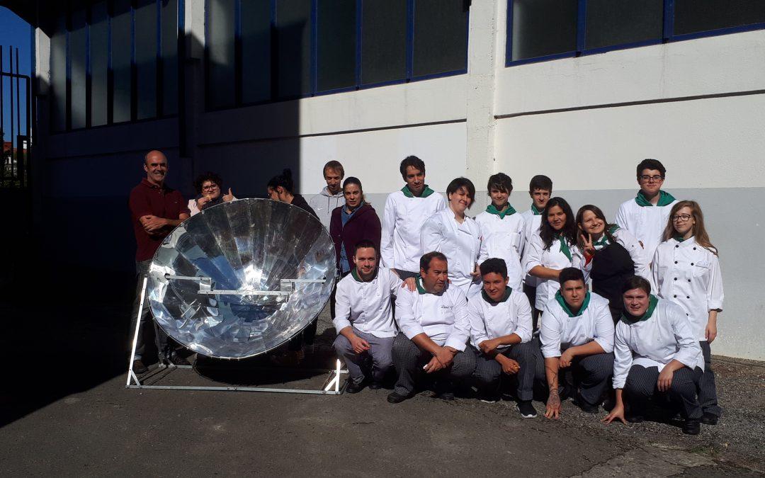 Talleres de Cocina Solar en el IES Fuente Fresnedo de Laredo