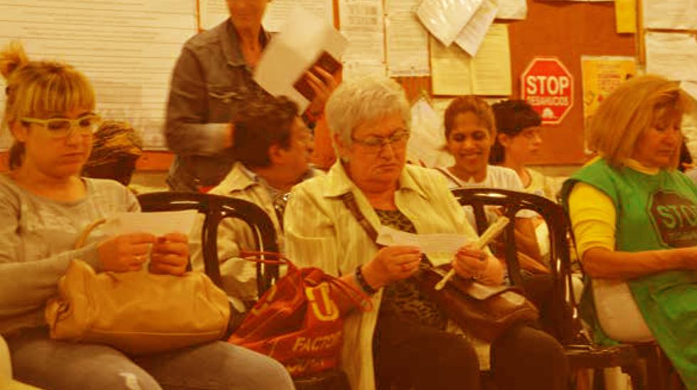 """Continua endavant el projecte """"Dret a l'habitatge i a l'energia: apoderament col·lectiu i assessorament jurídic social"""""""