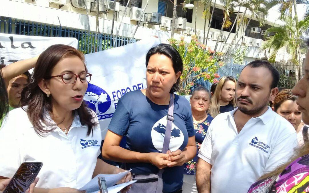 Fita important a El Salvador: Exoneració del deute a les Juntes d'Aigua Rurals