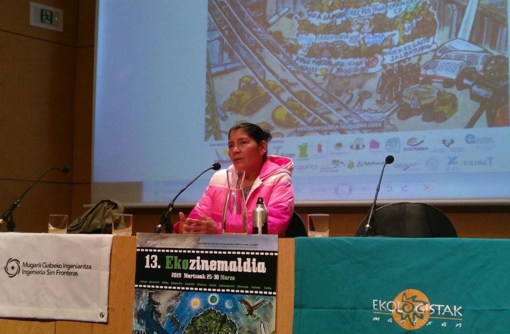Vidalina Moralesek Euskal Herrira eginiko bisitaren xedea El Salvadorko emakumeek lurraldearen eta Giza Eskubideen defentsan burutzen duten lana ezagutzera ematea da.