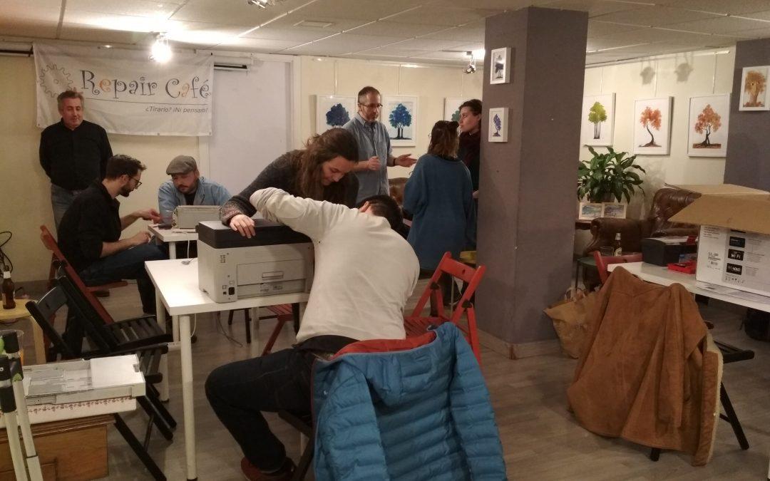 13º Repair Café Asturias. Casa de iniciativas «Suañu» (Gijón). 18 de junio de 2019