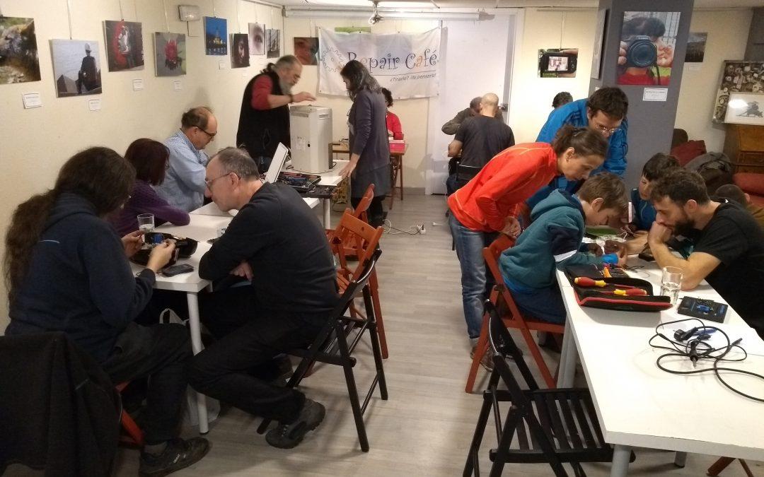 15º Repair Café Asturias. La Revoltosa (Gijón), 23 de noviembre de 2019.