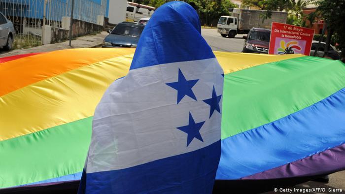 Derechos sexuales y LGTBI+ en Honduras. Una batalla en la sombra contra las ONG